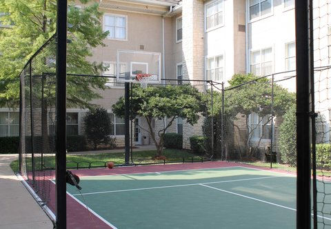 Residence Inn By Marriott Dallas Park Central - Sports Court