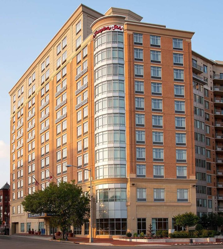 Hampton Inn Washington, DC- Convention Center 外景