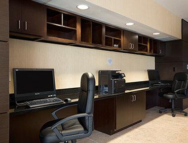 Wingate By Wyndham Seminole - Business Center
