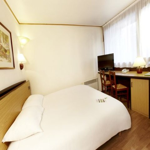 Campanile Cholet - Double Room