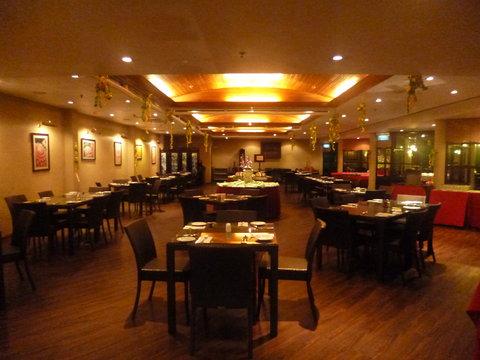 Sabah Hotel - Plantation Cafe