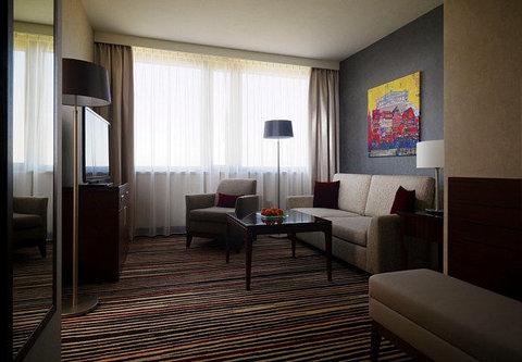 Frankfurt Marriott Hotel - Junior Suite Living Room