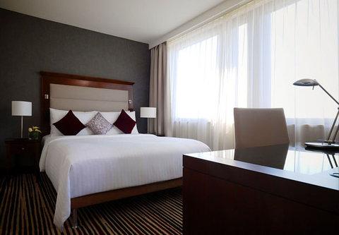 Frankfurt Marriott Hotel - Junior Suite Bedroom