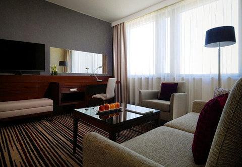 Frankfurt Marriott Hotel - Studio Living Room