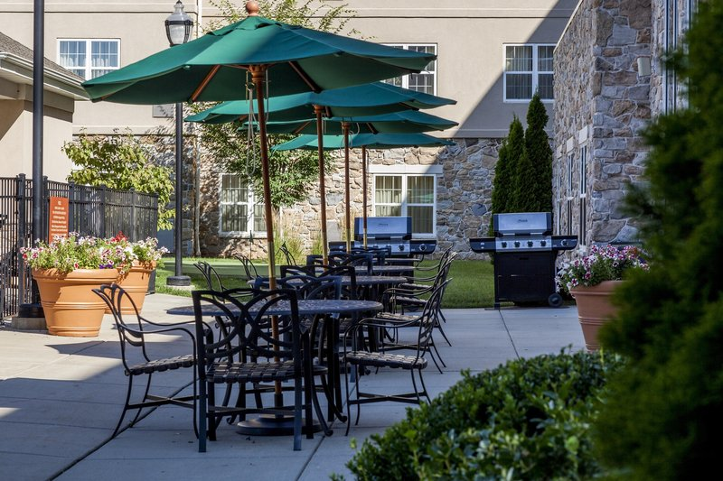 Homewood Suites by Hilton Philadelphia-Valley Forge Vista exterior