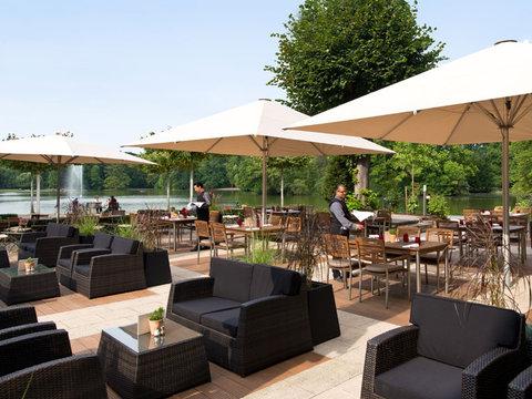 Leonardo Royal Hotel Köln - Am Stadtwald - Restaurant Terrace