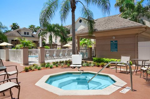 Homewood Suites by Hilton Fort Myers - Whirlpool Spa