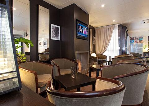 Comfort Hotel Cergy Pontoise - lounge