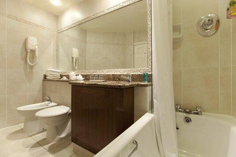 Harrington Hall Dublin Hotel - Bathroom
