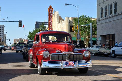 Best Western Santa Fe Inn Hotel - Classic Cars on Polk St