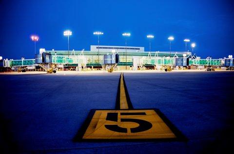 Best Western Santa Fe Inn Hotel - New Airport Evening