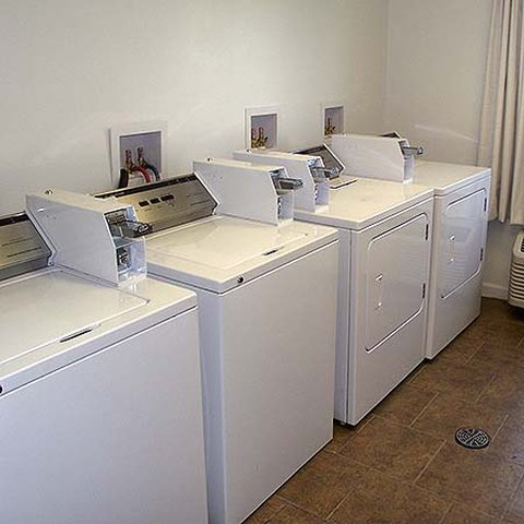 Mobile Motel Williston - Mobile Motel Williston Laundry