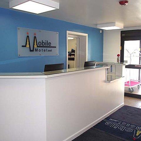 Mobile Motel Williston - Mobile Motel Williston Lobby
