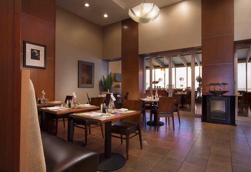 Doubletree by Hilton New York City – Chelsea Ravintolat