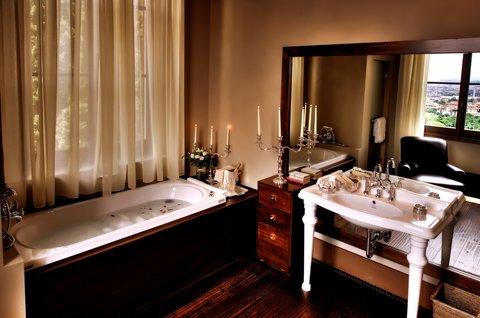 Il Salviatino Preferred Boutique - Dome View Deluxe Bathroom