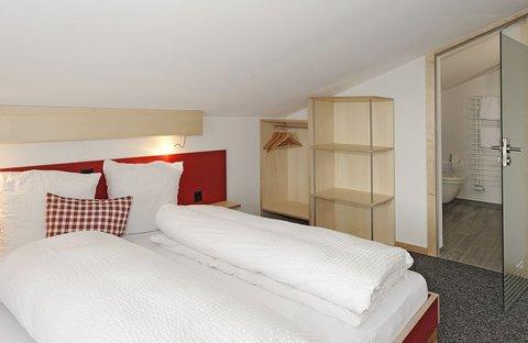 Berghaus Bort Hotel - Quadruple room with Eiger view