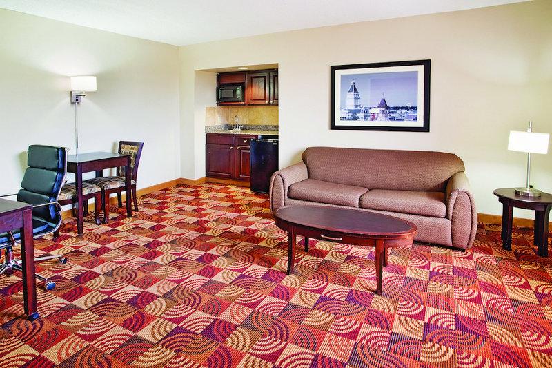 La Quinta Inn & Suites Clarksville - Clarksville, TN