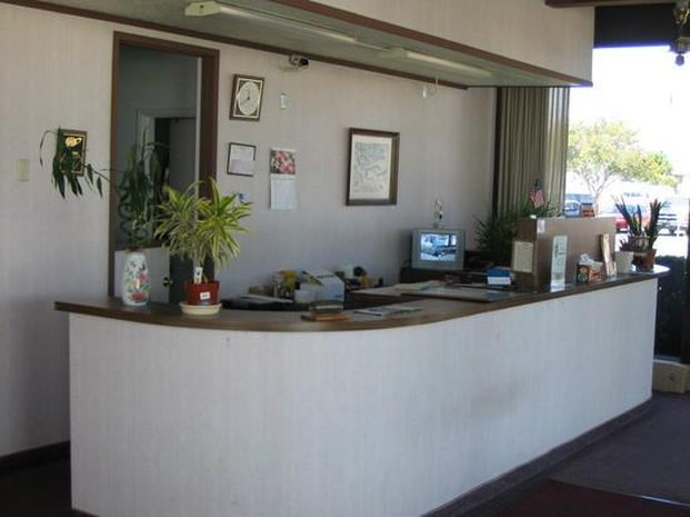 Town House Inn - Fairfield, CA