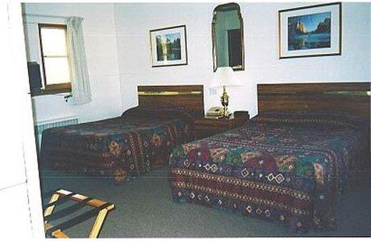Dartford Inn - Green Lake, WI