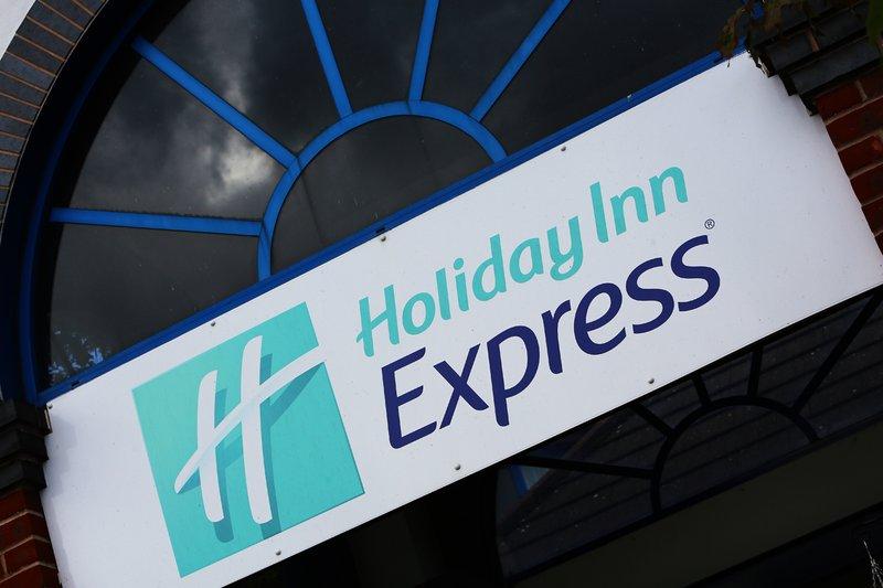 Holiday Inn Express Birmingham N.E.C Vista exterior