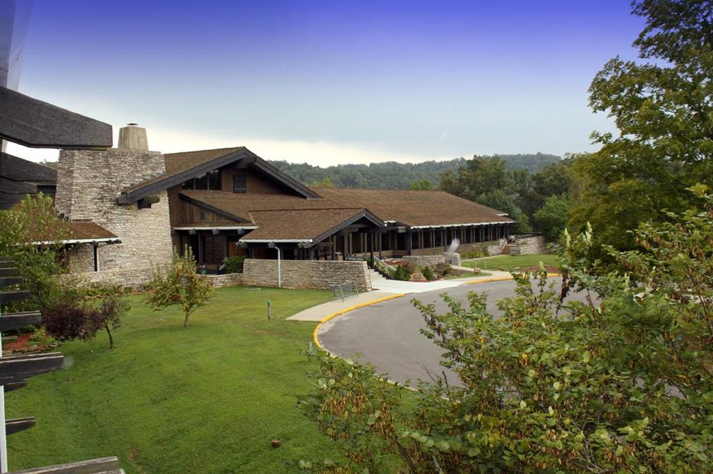 Shawnee Lodge & Conference Center