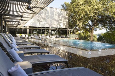 Radisson Hotel & Suites Austin Downtown - Pool Day Wet Deck