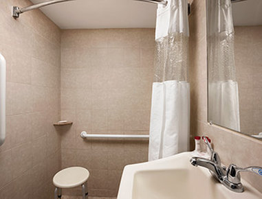 Hampton inn suites rockville centre in rockville centre for Capri lynbrook motor inn lynbrook ny