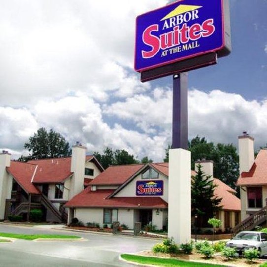 Arbor Suites At The Mall - Springfield, MO