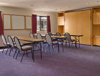 Baymont Inn & Suites Battle Creek Downtown - Meeting Room