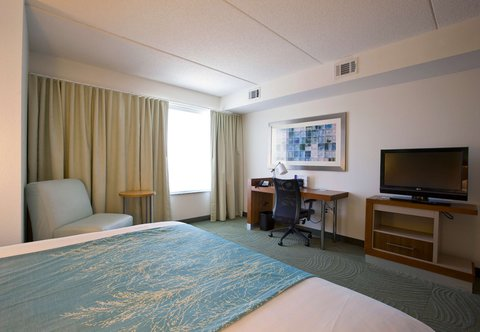 SpringHill Suites Athens - King Suite Amenities