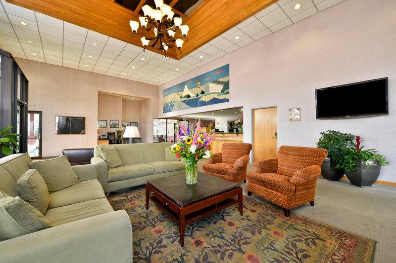 quality inn oakwood spokane wa. Black Bedroom Furniture Sets. Home Design Ideas