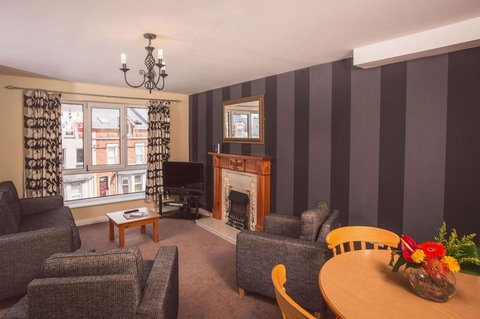 Malone Lodge Hotel and Apartments - Two Bedroom Apartment