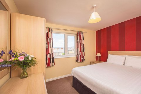 Malone Lodge Hotel and Apartments - One Bedroom Apartment