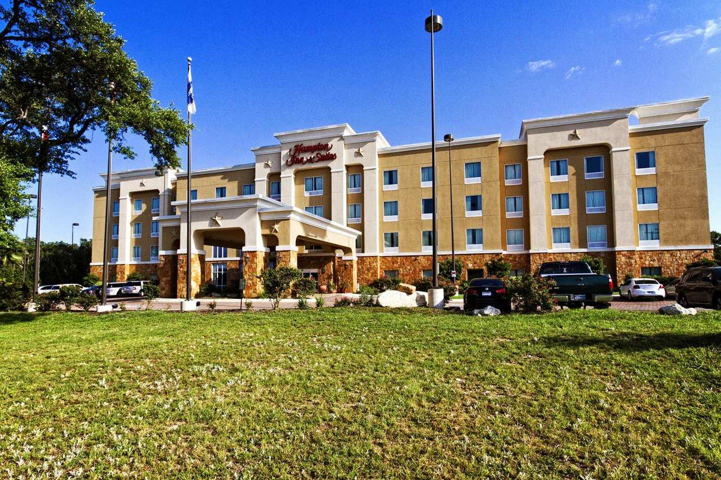 Hampton Inn  Suites Boerne