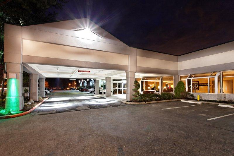 Holiday Inn Seattle-Issaquah 外景