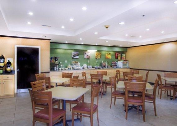 Quality Inn & Suites - Spartanburg, SC