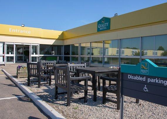 Quality Hotel Leeds/Selby Fork Vista exterior