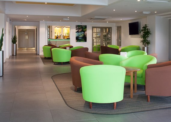 Quality Hotel Leeds/Selby Fork Lobby