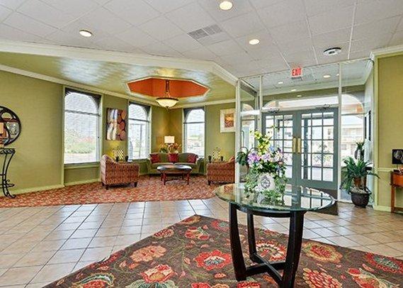 Lexington Hotel Cliffbreakers Riverside Resort - Rockford, IL