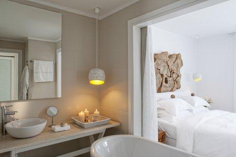 Myconian Imperial Resort & Thalasso Spa Center - Prestige Bathroom