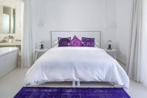 Myconian Imperial Resort & Thalasso Spa Center - Villa Elegant Bedroom