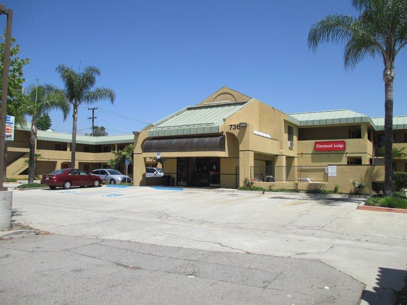 Claremont Lodge - Claremont, CA