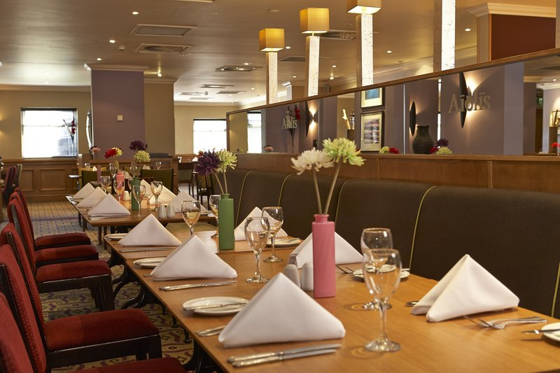 Holiday Inn Leeds-Garforth Gastronomie