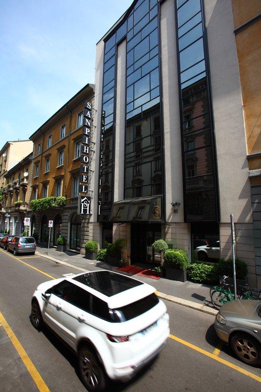 Hotel Sanpi Milano Außenansicht
