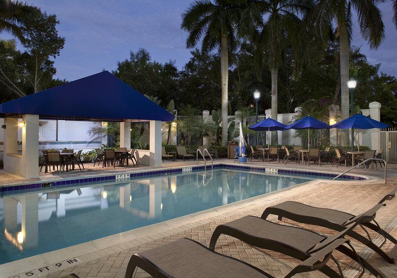SpringHill Suites Boca Raton Poolansicht