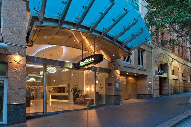 Radisson Hotel and Suites Sydney Pohled zvenku