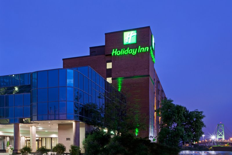 Holiday Inn  Halifax Harbourview Set udefra