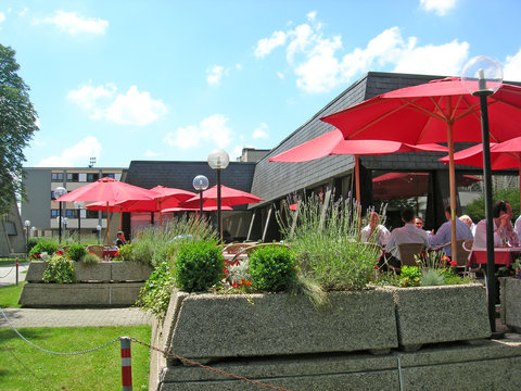 Hotel Parc Belle-Vue - Bec Fin Terrasse Summer Dpi