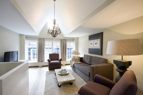 Short Stay Group Central VIP Apartments - Large Two bedroom Apartment