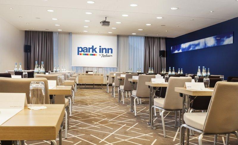 Hotel Park Inn by Radisson Stuttgart Meeting Room